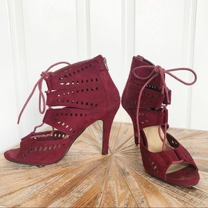 Used Diva Lounge Burgundy Cutout Detail Sandals